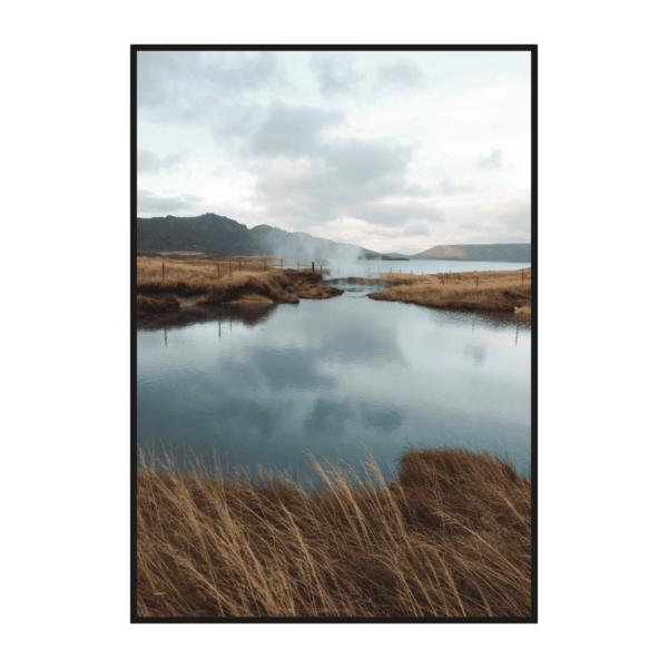 Постер на стену Осенняя трава на озере