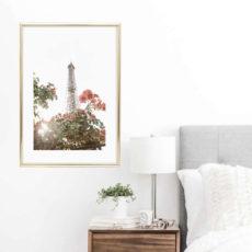 Постер на стену Цветы на фоне башни