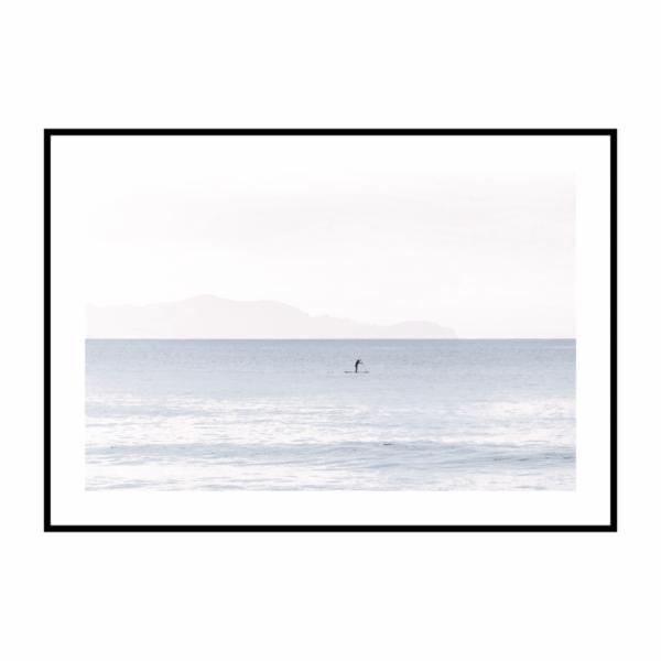 Постер на стену Море розово-голубое с лодкой скандинавский стиль