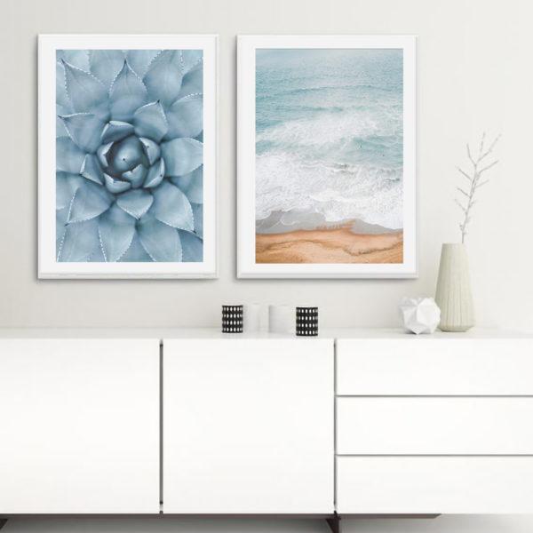 пара постеров в голубом цвете