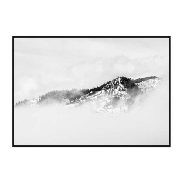 "Постер на стену ""Зимняя гора в тумане"""