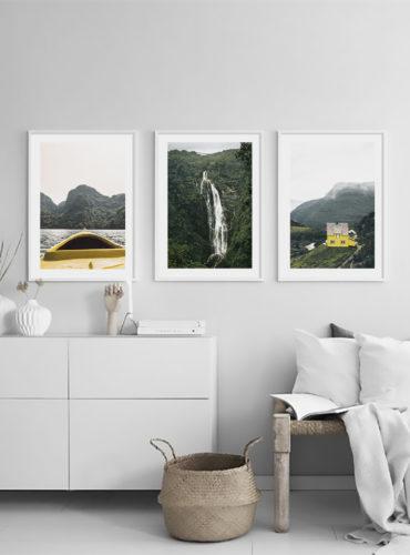 три постера с белыми рамками на стену природа