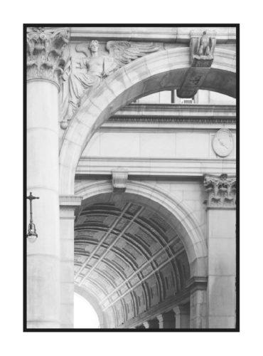 серый постер с архитектурной аркой из коллекции современная классика