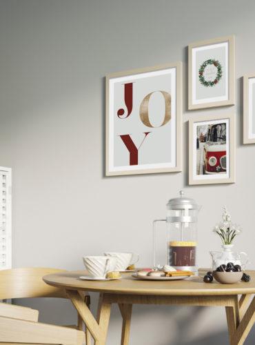 четыре рождественских постера